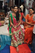 Aakanksha Singh at Na Bole Tum Na Maine Kuch Kaha on location for sangeet ceremony in Malad on 17th July 2012 (217).JPG