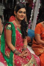 Aakanksha Singh at Na Bole Tum Na Maine Kuch Kaha on location for sangeet ceremony in Malad on 17th July 2012 (219).JPG
