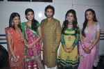 Keerti Nagpure, Sreejita De, Preeti Chaudary, Kunal Karan Kapoor,Aakanksha Singh at Na Bole Tum Na Maine Kuch Kaha on location for sangeet ceremony in Malad on 17th July 2012 (172).JPG