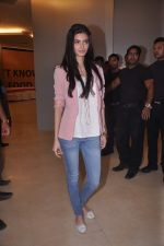 Diana Penty promotes Cocktail in Reliance Digital, Mumbai on 20th July 2012 (17).JPG