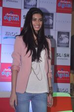 Diana Penty promotes Cocktail in Reliance Digital, Mumbai on 20th July 2012 (68).JPG
