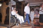 Shashi Kapoor at Rajesh Khanna chautha in Mumbai on 21st July 2012 (168).JPG