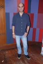 Abbas Tyrewala at Agnee_s Bollywood debut gig in Blue Frog on 24th July 2012 (15).JPG