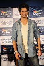 Shahid Kapoor at Dulux colour confluence event in Mumbai on 1st Aug 2012 (55).JPG