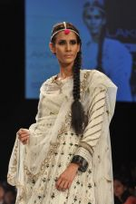 Model walk the ramp for nandita thirani and payal singhal show at Lakme Fashion Week Day 1 on 3rd Aug 2012 (71).JPG