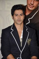Varun Dhawan at Student of the Year first look in PVR on 2nd Aug 2012 (377).JPG