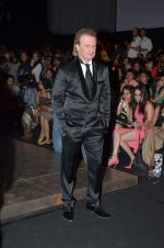 at Lakme Fashion Week 2012 Day 5 post Bash in Grand Hyatt on 7th Aug 2012 (194).JPG