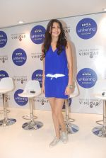 Anushka Sharma at Nivea press meet in Mumbai on 8th Aug 2012 (11).jpg