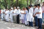 at Ashok Mehta_s funeral in Mumbai on 17th Aug 2012 (100).JPG