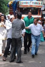 at Ashok Mehta_s funeral in Mumbai on 17th Aug 2012 (114).JPG