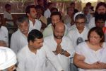 at Ashok Mehta_s funeral in Mumbai on 17th Aug 2012 (31).JPG