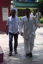 at Ashok Mehta_s funeral in Mumbai on 17th Aug 2012 (34).JPG