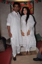 Anurita Jha, Vineet Singh with Cast of Gangs of Wasseypur 2 at Iftaar party in Bandra,Mumbai on 17th Aug 2012 (48).JPG