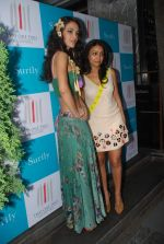 Surily Goel at the launch of new collection in 212 on 22nd Aug 2012 (262).JPG