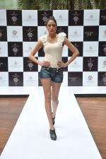 at Aamby Valley Bridal week model auditions in Sahara Star on 25th Aug 2012 (131).JPG