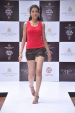 at Aamby Valley Bridal week model auditions in Sahara Star on 25th Aug 2012 (158).JPG