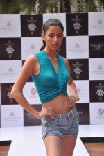 at Aamby Valley Bridal week model auditions in Sahara Star on 25th Aug 2012 (163).JPG