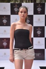 at Aamby Valley Bridal week model auditions in Sahara Star on 25th Aug 2012 (168).JPG