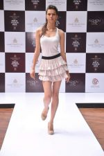 at Aamby Valley Bridal week model auditions in Sahara Star on 25th Aug 2012 (174).JPG