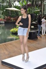 at Aamby Valley Bridal week model auditions in Sahara Star on 25th Aug 2012 (91).JPG