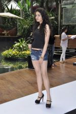 at Aamby Valley Bridal week model auditions in Sahara Star on 25th Aug 2012 (92).JPG