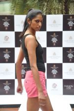 at Aamby Valley Bridal week model auditions in Sahara Star on 25th Aug 2012 (134).JPG