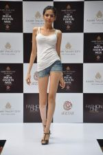at Aamby Valley Bridal week model auditions in Sahara Star on 25th Aug 2012 (135).JPG