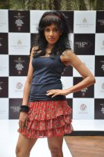 at Aamby Valley Bridal week model auditions in Sahara Star on 25th Aug 2012 (141).JPG