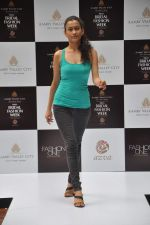 at Aamby Valley Bridal week model auditions in Sahara Star on 25th Aug 2012 (150).JPG