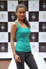 at Aamby Valley Bridal week model auditions in Sahara Star on 25th Aug 2012 (151).JPG