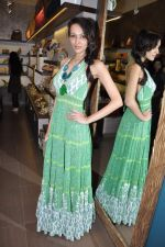 Dipannita Sharma at Crimson store launch in Juhu, Mumbai on 29th Aug 2012 (73).JPG