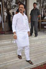 pay tribute to Reitesh Deshmukh_s father Vilasrao Deshmukh in NCPA on 31st Aug 2012 (27).JPG