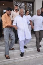 pay tribute to Reitesh Deshmukh_s father Vilasrao Deshmukh in NCPA on 31st Aug 2012 (31).JPG