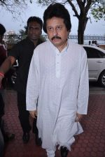 pay tribute to Reitesh Deshmukh_s father Vilasrao Deshmukh in NCPA on 31st Aug 2012 (67).JPG
