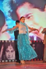 Sheena Chohan performing at the Bollywood musical stage show in Nehru Center,Mumbai on 1st Sept 2012 (4).JPG