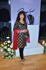 Peenaz Masani at Poonam Soni_s Platinum collection in Breach Candy on 6th Sept 2012 (13).JPG
