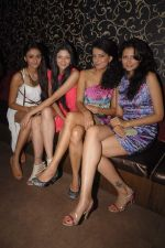 Shonal Rawat at model Mausami Badra_s birthday bash in Vie Lounge on 6th Sept 2012 (90).JPG