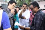 Aman Verma on location for film The Saturday Night in Filmistan on 8th Sept 2012 (69).JPG