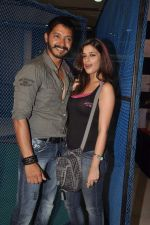 Shreyas Talpade, Madhurima Banerjee at Kamaal Dhamaal Malamaal promotions in R City Mall on 9th Sept 2012 (137).JPG