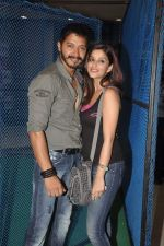 Shreyas Talpade, Madhurima Banerjee at Kamaal Dhamaal Malamaal promotions in R City Mall on 9th Sept 2012 (151).JPG