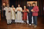 Anup Jalota, Nihaarika Sinha at the music album launch of Nihaarika Sinha_s new devotional album on 11th Sept 2012 (9).JPG