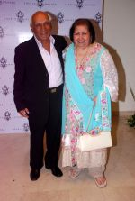 Yash Chopra at Sherle Wagner store launch in Mumbai on 12th Sept 2012 (98).JPG