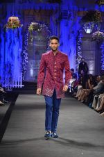 Siddharth Mallya walk the ramp for Shantanu Nikhil show at Aamby Valley India Bridal Fashion Week 2012 in Mumbai on 15th Sept 2012 (213).JPG