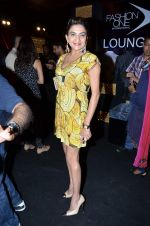 on Day 4 at Aamby Valley India Bridal Fashion Week 2012 Day in Mumbai on 15th Sept 2012 (28).JPG