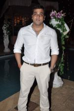 Abhishek Awasthi at Raj of Comedy Circus birthday bash in Mumbai on 16th Sept 2012 (17).JPG