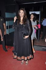 Diana Hayden at JJ Valaya grand finale show at Aamby Valley India Bridal Fashion Week 2012 Day 5 in Mumbai on 17th Sept 2012 (69).JPG