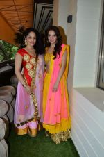 Masaba, Shazahn Padamsee at Sahchari Foundation hosts Design One preview in Mumbai on 17th Sept 2012 (79).JPG