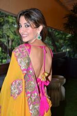 Perizaad Zorabian at Sahchari Foundation hosts Design One preview in Mumbai on 17th Sept 2012 (167).JPG
