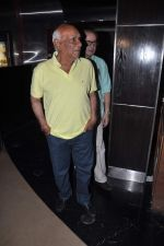 Yash Chopra at Anurag Kashyap_s film screening for director Stevan Riley for film Fire in Babylon, PVR, Mumbai on 16th Sept 2012 (30).JPG