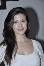 Karishma Kotak at Kingfisher calendar hunt press meet in Mumbai on 20th Sept 2012 (94).JPG